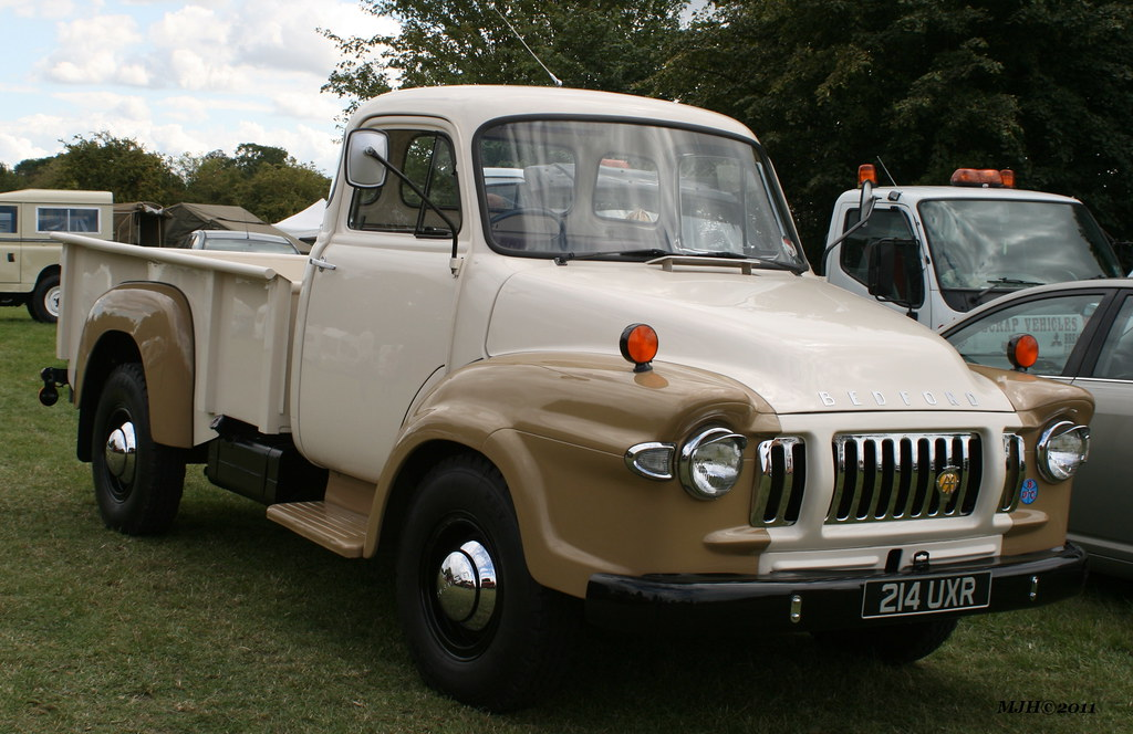 High Country Motors >> Bedford J Type | Fenland Country Fair 2011 1959 6 Ltr ...
