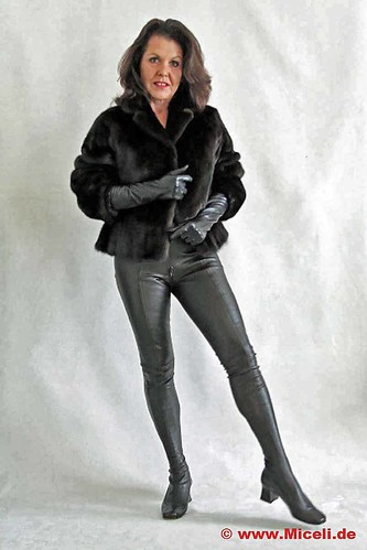 60s-Style Stretch-Leather Pant-Boots