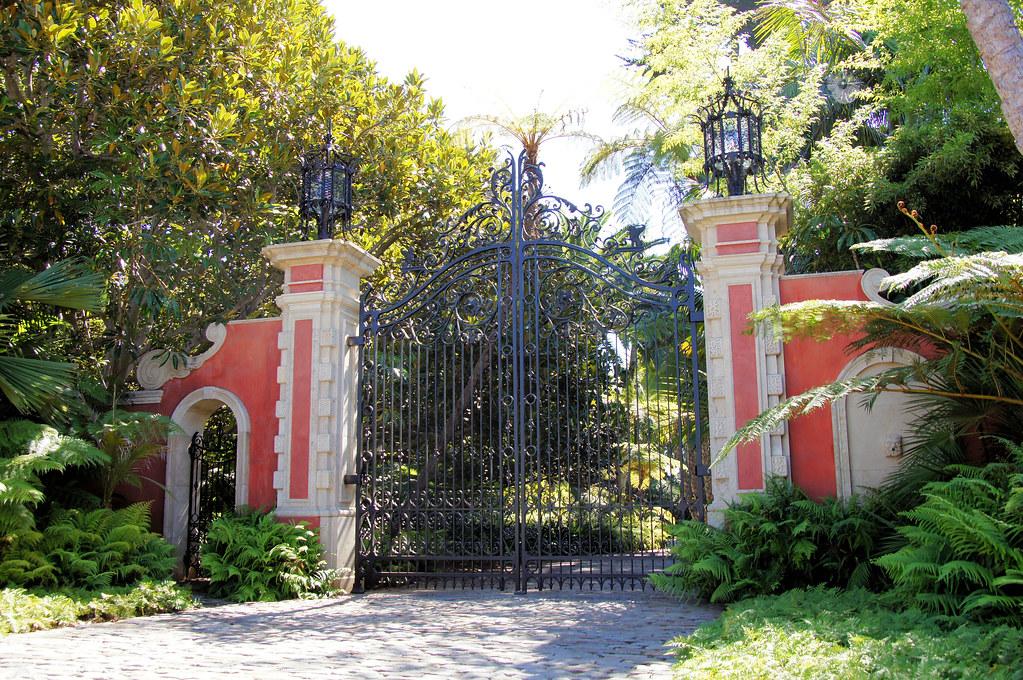 Montecito Gate 58 Ty Warner Home The Grand Beachfront