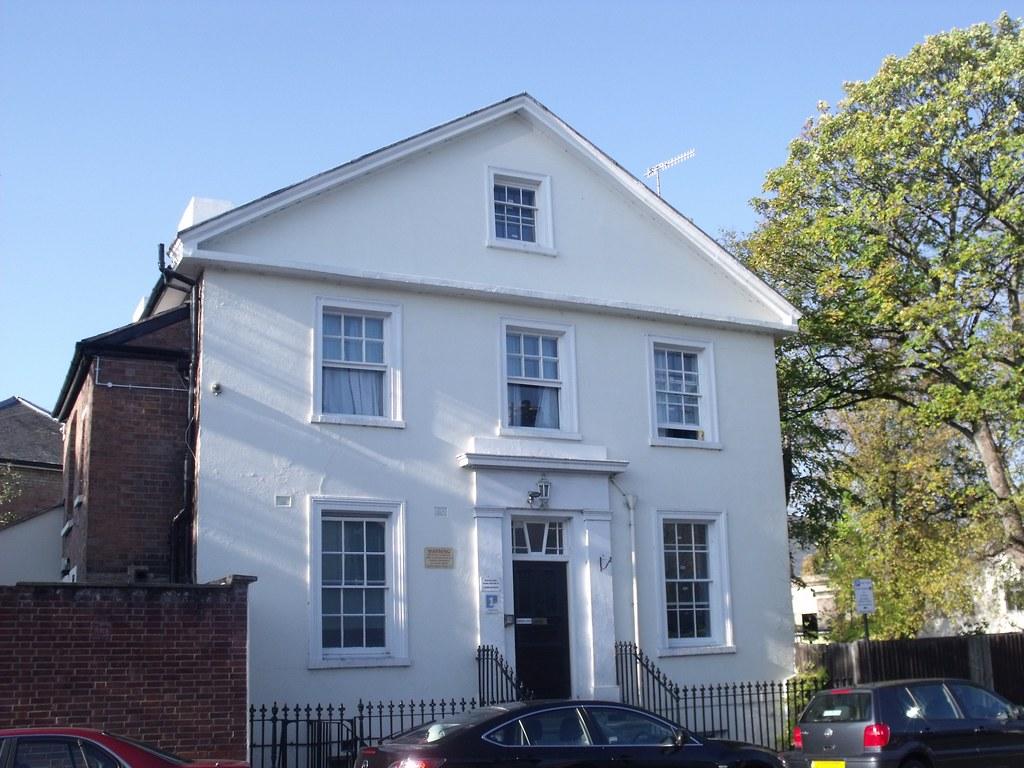 Grove house 2 newbold street leamington spa newbold for Modern homes leamington