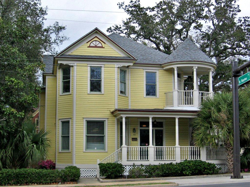 Yellow house with round porch turret, Pensacola, Florida