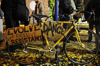 Occupy Portland bike swarm-10-9