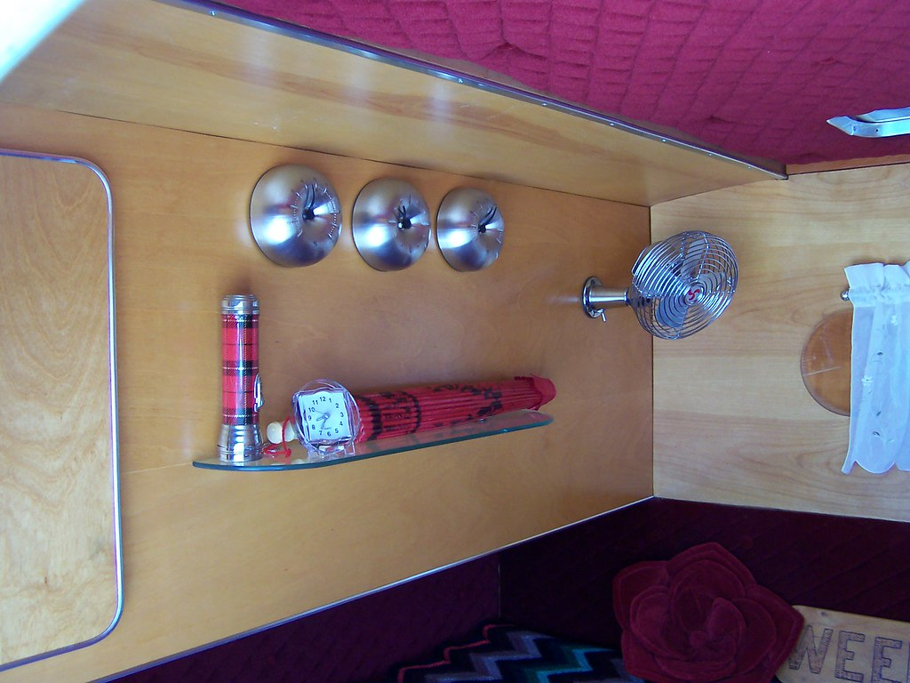 Streamliner Aerochief Teardrop Trailer Interior