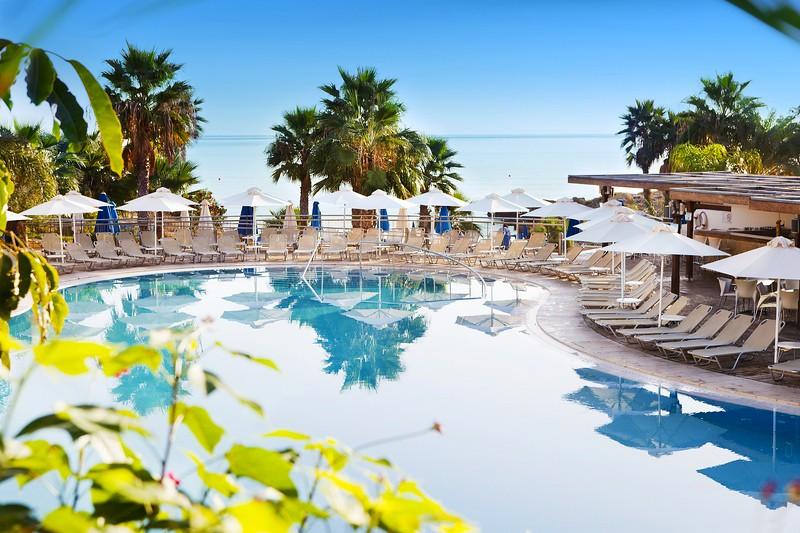 Vacation Rentals & Villas in Aphrodite Hills | FlipKey
