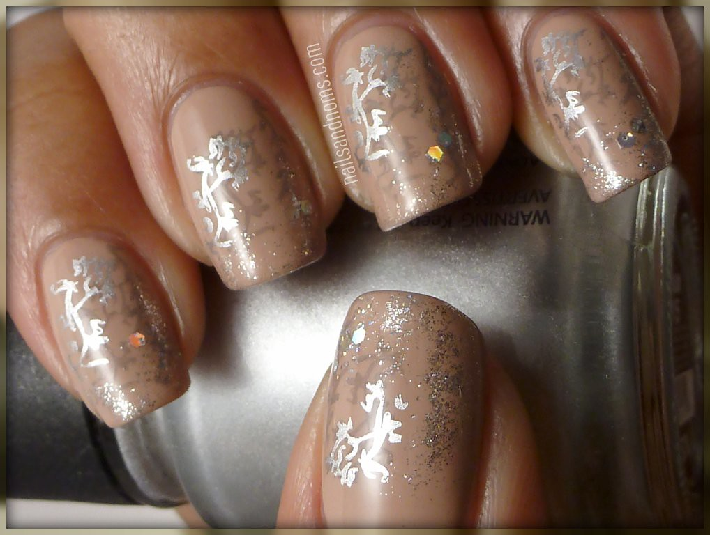 Day 25: Inspired By Fashion (Baroque Angels Nails) | Flickr