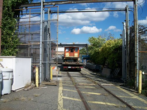 Derby arrives at mta nyct 39 s 207th street overhaul shop for Ny transit museum store