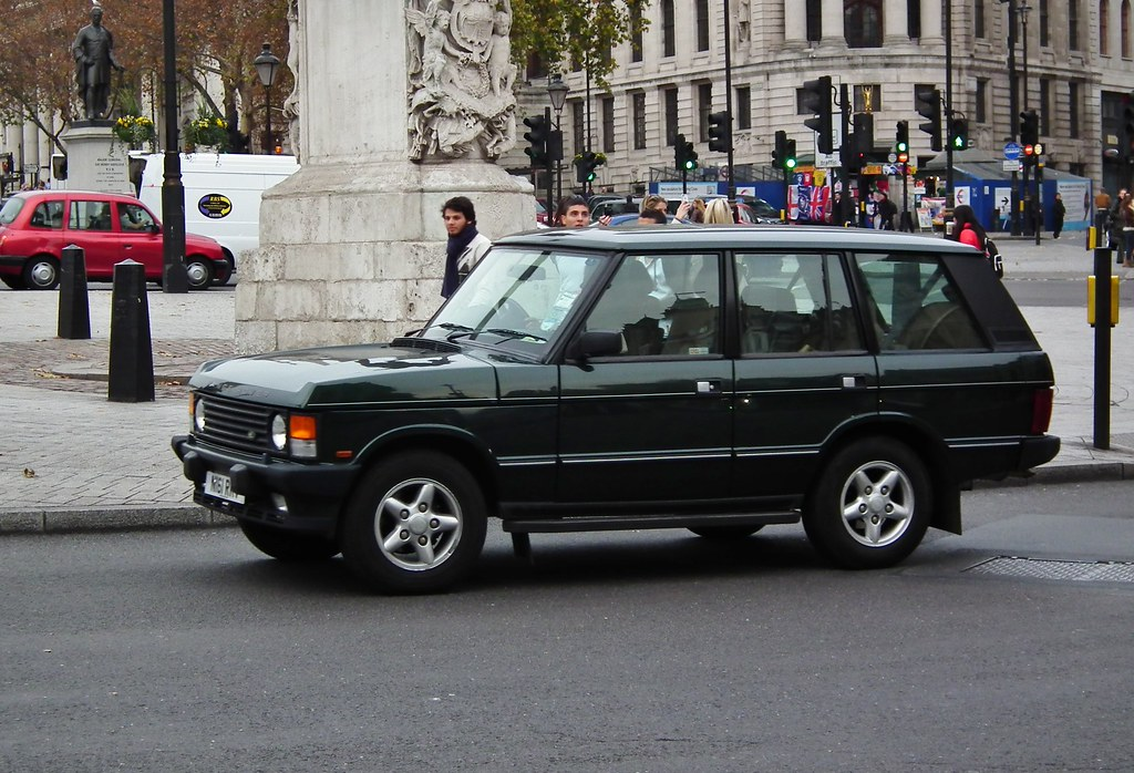"New Range Rover >> Range Rover Vogue Se | 1995 Range Rover ""Classic"" Vogue Se 3… | kenjonbro | Flickr"