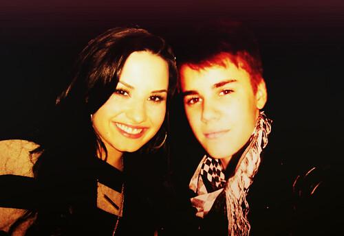 Justin Bieber And Demi Lovato Manip justin bieber and demi...