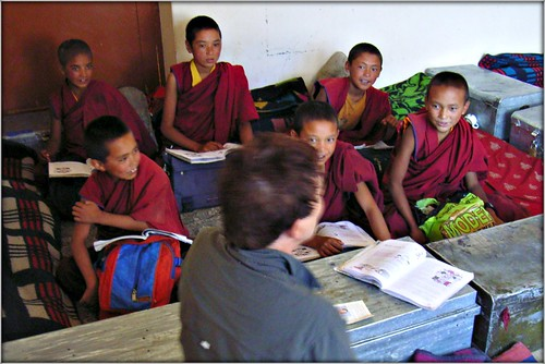 Me teaching little monks in Ladakh in 2005 | by Ginas Pics