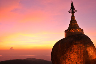 Sunset at Kyaiktiyo Pagoda (Golden Rock), Myanmar | by magicflute002