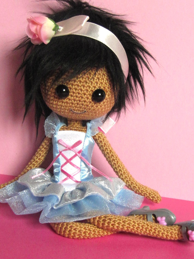 Amigurumi Eyes Size : Puppi Crocheted Doll Her she is, plain and simple: Puppi ...