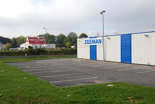 Parking Zeeman, Beauvais, France | by D*C