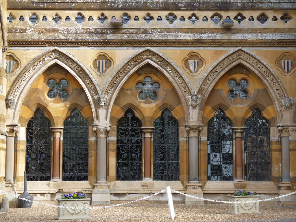 Neo gothic arcade at ettington park hotel there has been for Architecture neo gothique