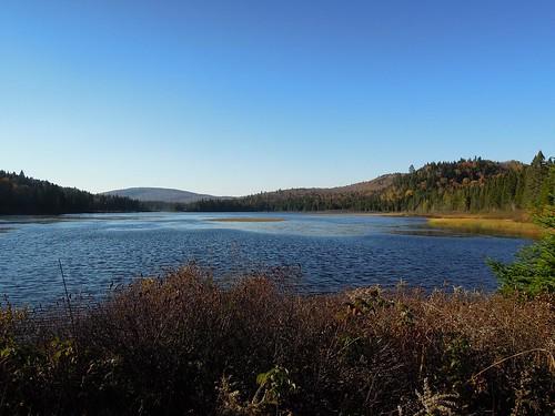 Parc du mont tremblant le lac aux rats for Lac miroir mont tremblant