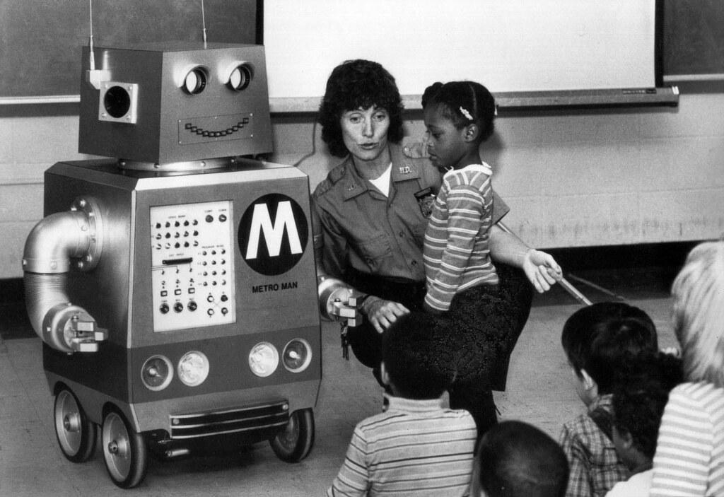 metro man metronorths mechanical mascot quotspeaksquot to sc