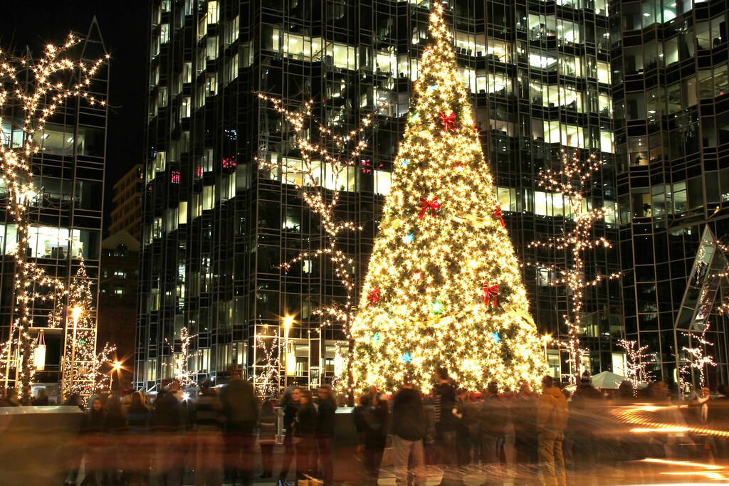 dating around christmas The christmas dates around january 7 may vary among some churches the day is a time of reflection, inner thoughts and healing in many eastern european countries.