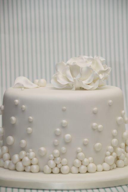V Hochzeitstorte Elegant Weiss Rose Winter Www Suess Und Sa Flickr
