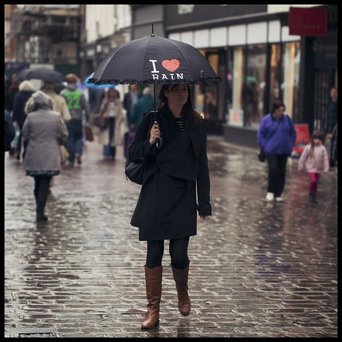 Day 300 - 27-10-2011 - I Heart Rain | by neonbubble