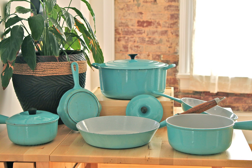 Cleaning vintage le creuset good, agree