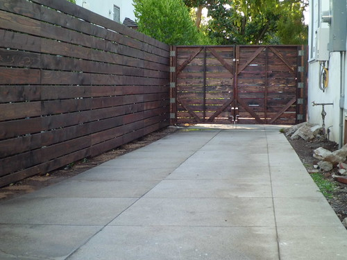 how to build a horizontal 1x6 fence