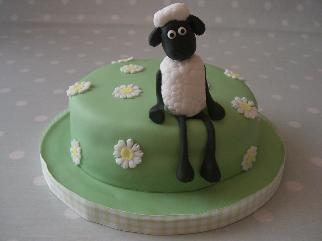 Shaun The Sheep Birthday Cake A Cake I Made For My Grandma Flickr