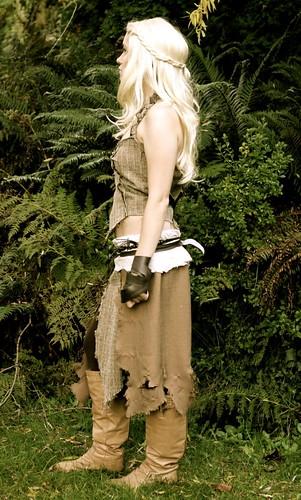 Daenerys targaryen costume cosplay a game of thrones flickr for Game of thrones daenerys costume diy