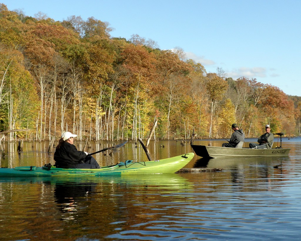 Kayaking and fishing on the monksville reservoir west mil for Milford lake fishing report