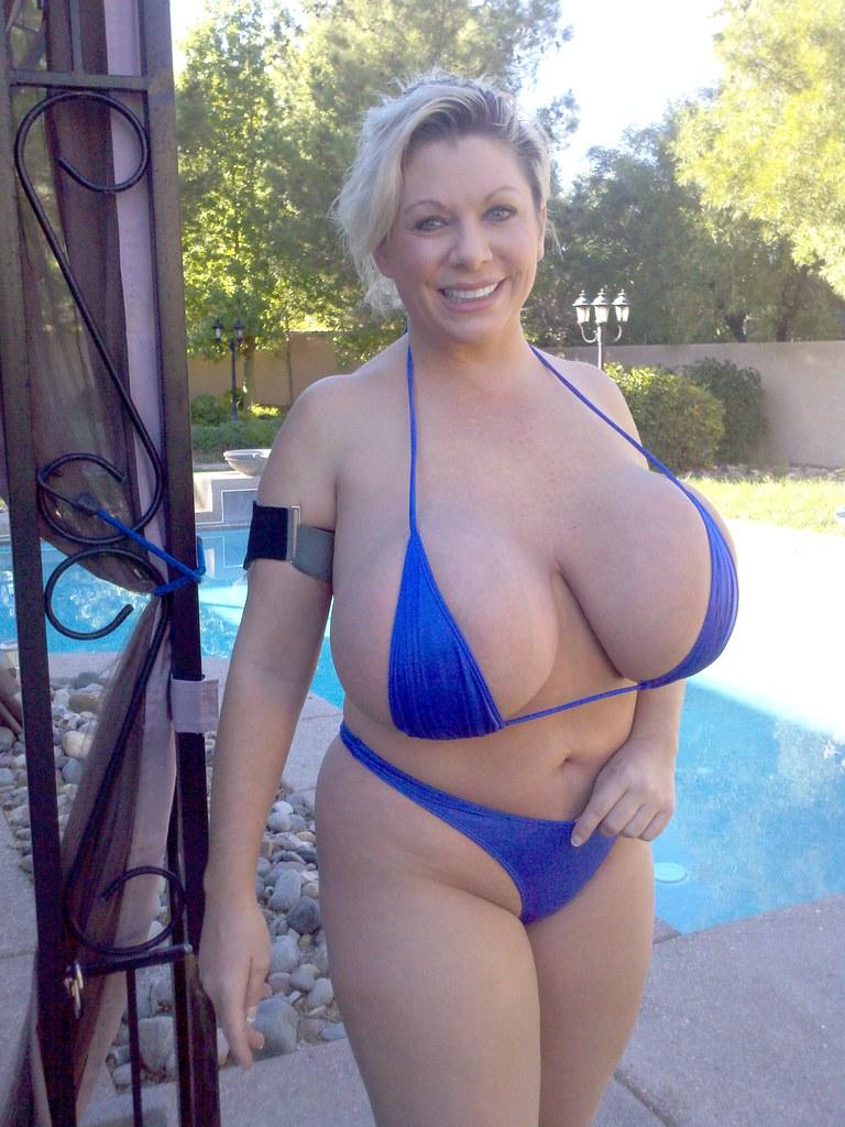 claudia marie bikini