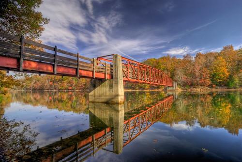Fall at tims ford pedistrian biking bridge at tims for Tims ford lake fishing report