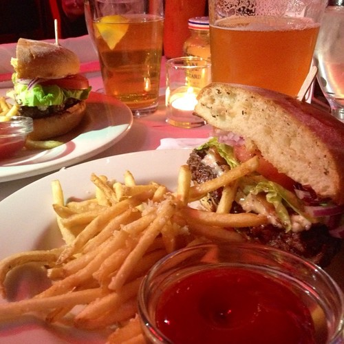 Bacon Blue Cheese Burger @ Calistoga Inn Restaurant & Brew ...