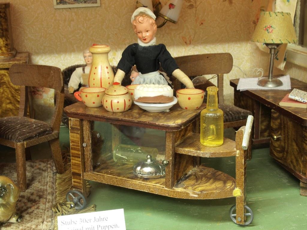 1930er stube paul h bsch m bel und caco biegepuppe flickr. Black Bedroom Furniture Sets. Home Design Ideas