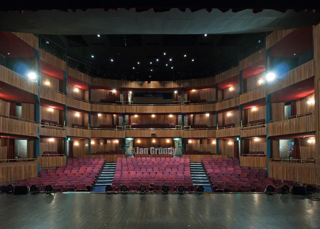 Forum 6281 Forum Theatre Billingham Very Continental In