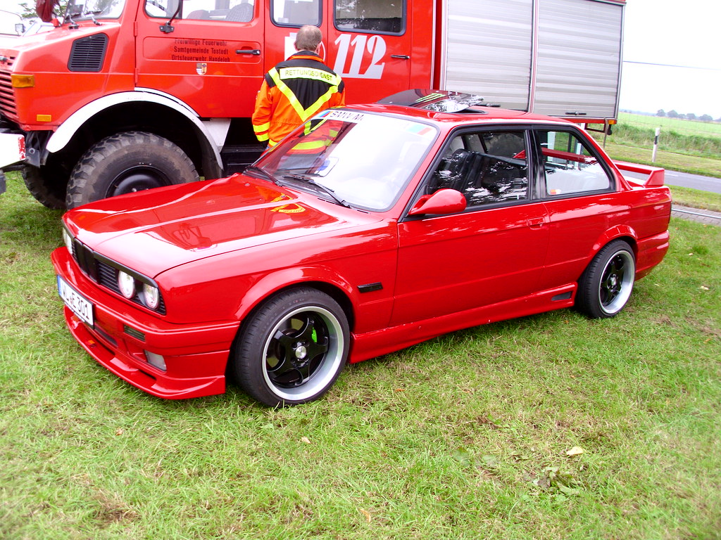 BMW E30 Tuning -1- | Tostedt 2011 | Hog Troglodyte | Flickr