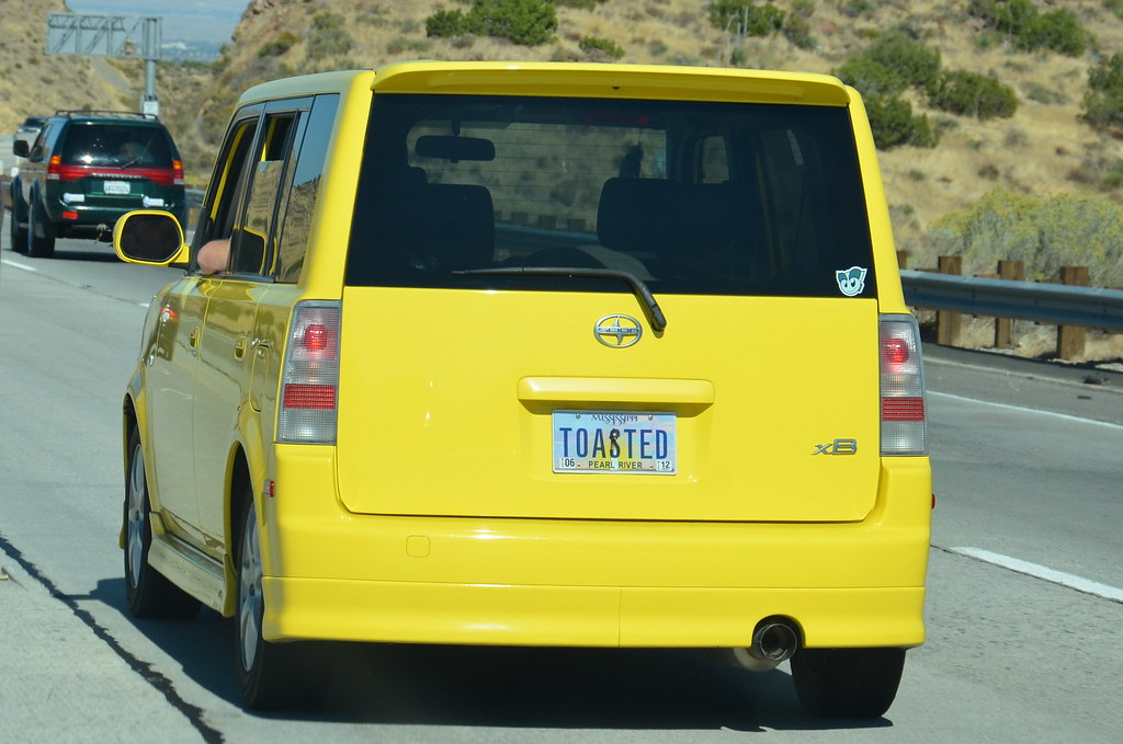 SCION XB with PERSONALIZED MISSISSIPPI LICENSE PLATES \