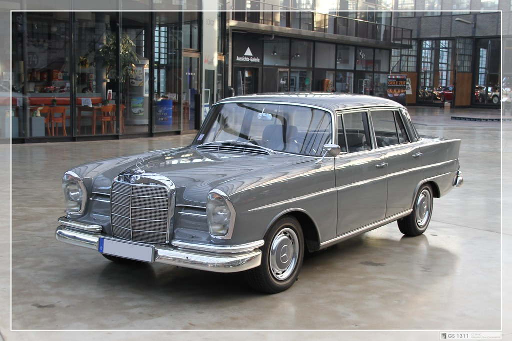 1959 1968 Mercedes Benz W 111 09 The Mercedes Benz
