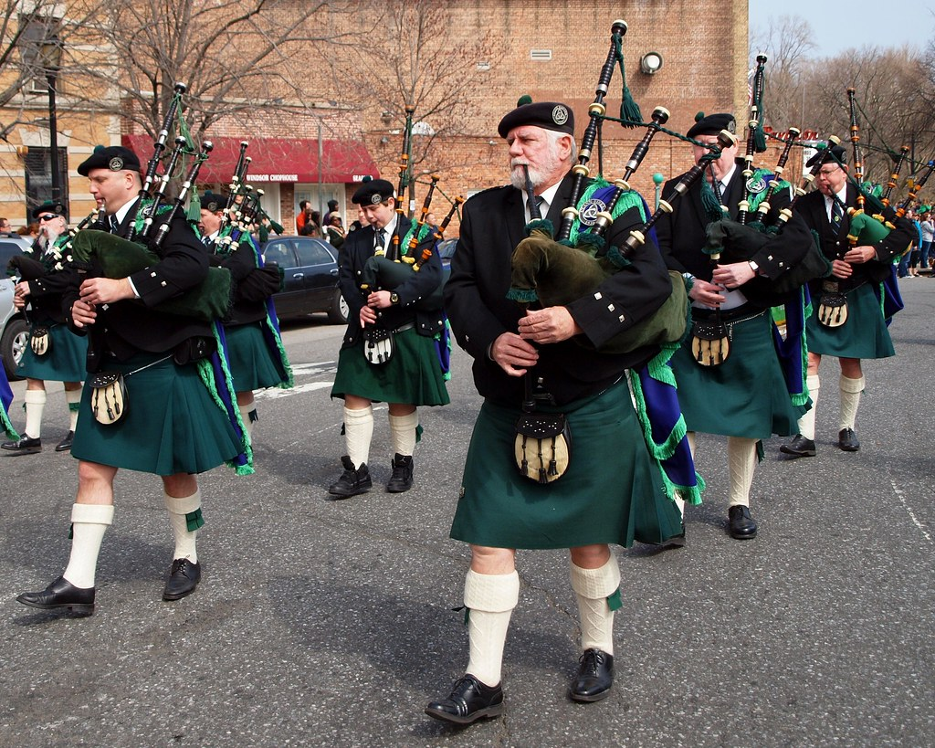 Irish Bagpipers Marching Band, 2012 Brooklyn St. Patrick's ...