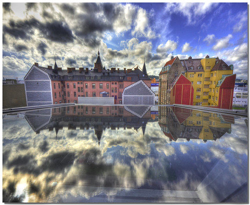 Goteborg in a tilting window | by Nespyxel