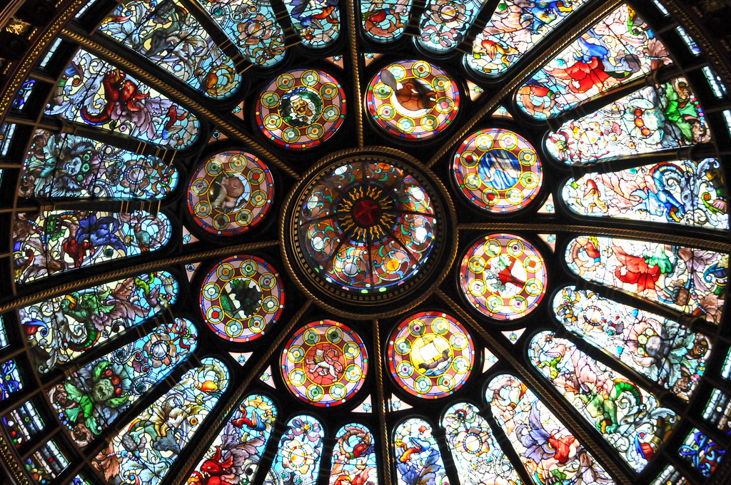 Stained Glass Dome Ceiling At The Great Hall At Hockey Hal Flickr