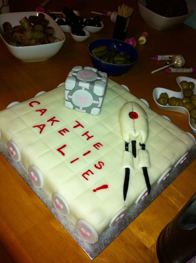 Portal Cake The Cake Is A Lie Partner To The Companion Flickr