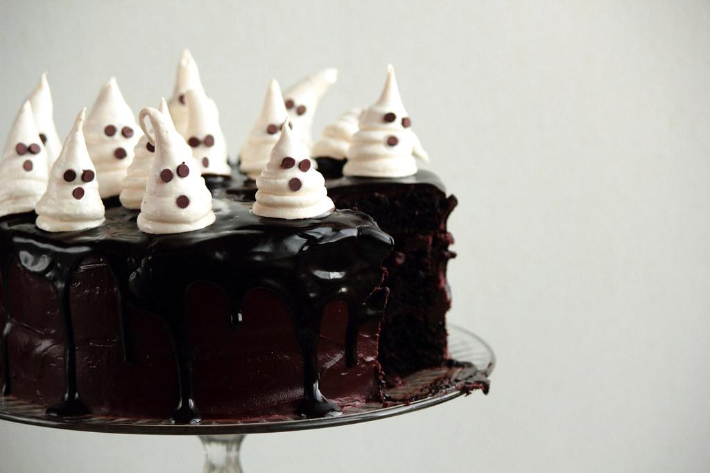 Chocolate Fudge Cake With Ghost Meringues Recipe Blog