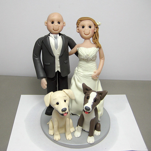 wedding cake topper two dogs polymer clay wedding cake topper with their two 26645