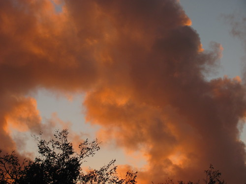 Oct. 5-2011 Sunset clouds in Castro Valley, CA, USA 182 | by lonewolfpics