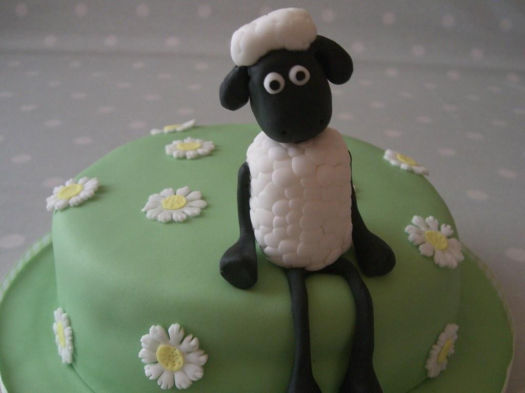 Shaun The Sheep Birthday Cake A Cake I Made For My Grandma Flickr