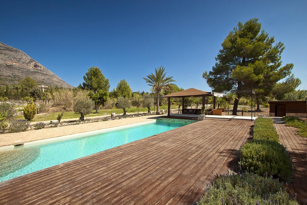 Piscina con gresite color crema piscina con gresite de - Gresite piscinas colores ...