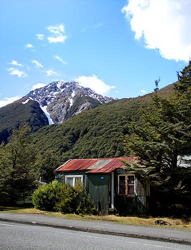 Old house / hut; Arthurs Pass, Canterbury, New Zealand | by brian nz