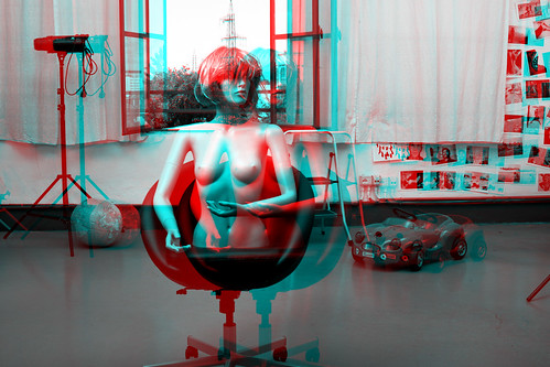 Controlled studio light 3D Anaglyph. Sync and rig first test. | by pinobarile