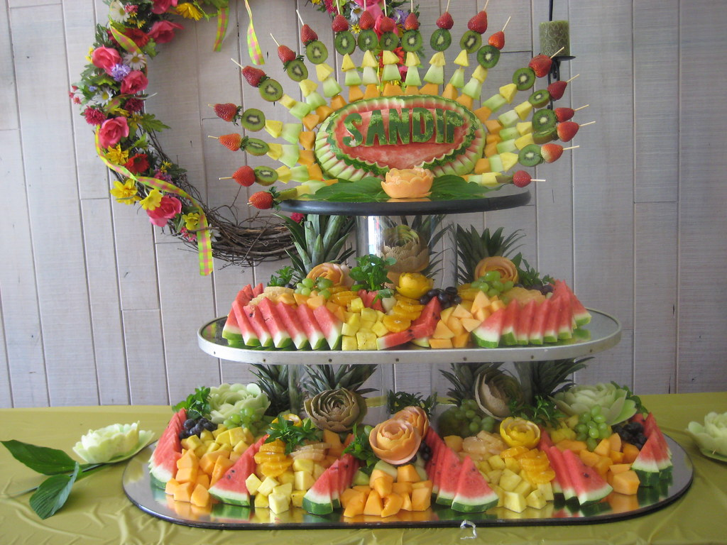 Fruit display customizable watermelon carving ding