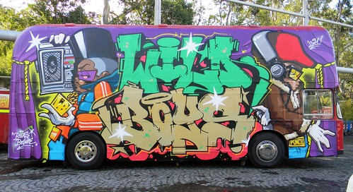"Pencil-Opium-Zeuser for ""Converse block party"" Naples 2011' 