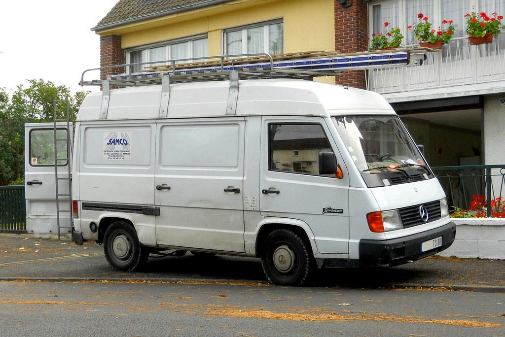 mercedes sprinter mb100 1995 fourgon sur lev fourgon. Black Bedroom Furniture Sets. Home Design Ideas