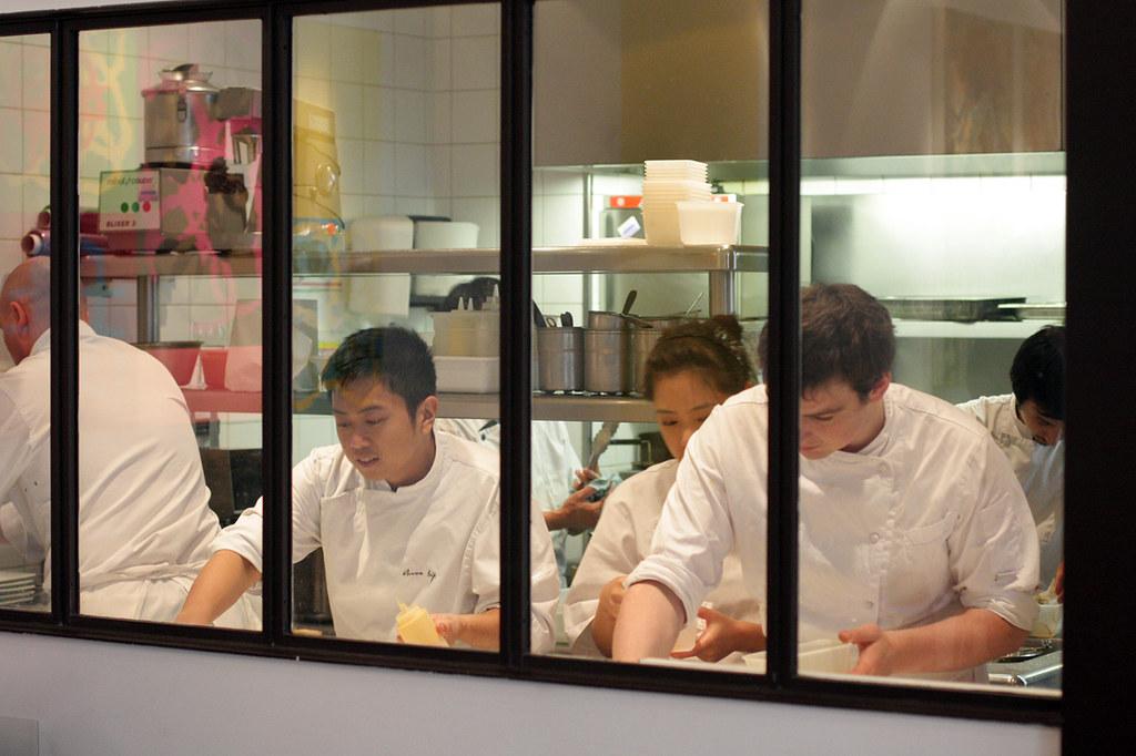 Ze kitchen galerie kitchen crew ze kitchen galerie 4 for Ze kitchen galerie paris france